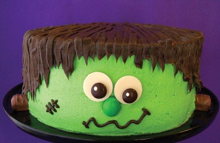 Zu Halloween eine witzige Frankenstein-Torte backen