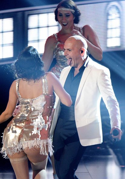 Pitbull Photos - Singer Pitbull performs onstage at Fashion Rocks 2014 presented by Three Lions Entertainment at the Barclays Center of Brooklyn on September 9, 2014 in New York City. - Three Lions Entertainment Presents Fashion Rocks 2014 - Show