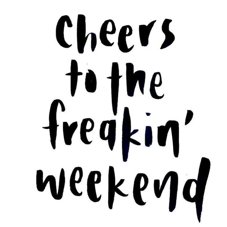 Smile it's friday! # Let the weekend begin! ___________________________ #quote #mademyday #friday #friyay #bestoftheday #smile #smiley #weekend #liveyourlife #haveawonderfulfriday #fridayishere #weekendishere