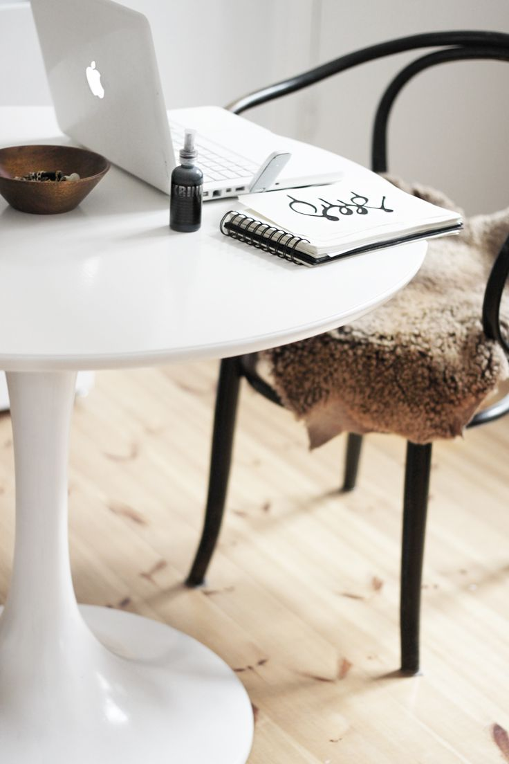 at home - inspiration. Via blossomgraphicdesign.com #boutiquedesign #boutiquewebdesign #boutiquegraphicdesign