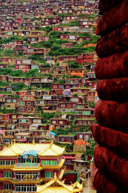 Campus of Sertar Larung Gar, the world's largest buddhist institute in Sichuan, China