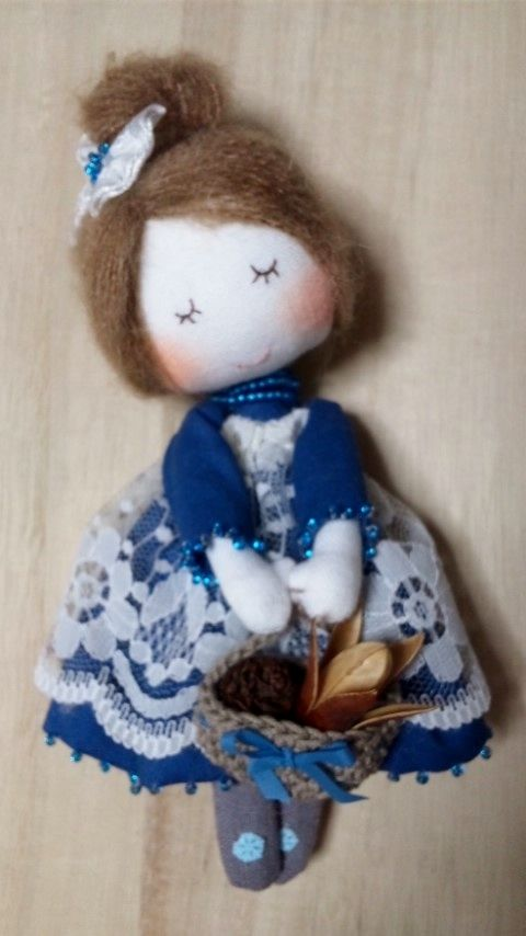 Fashionable mini Doll (Blue)