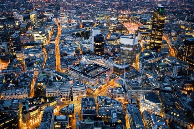 London at Night and LIBOR Traders