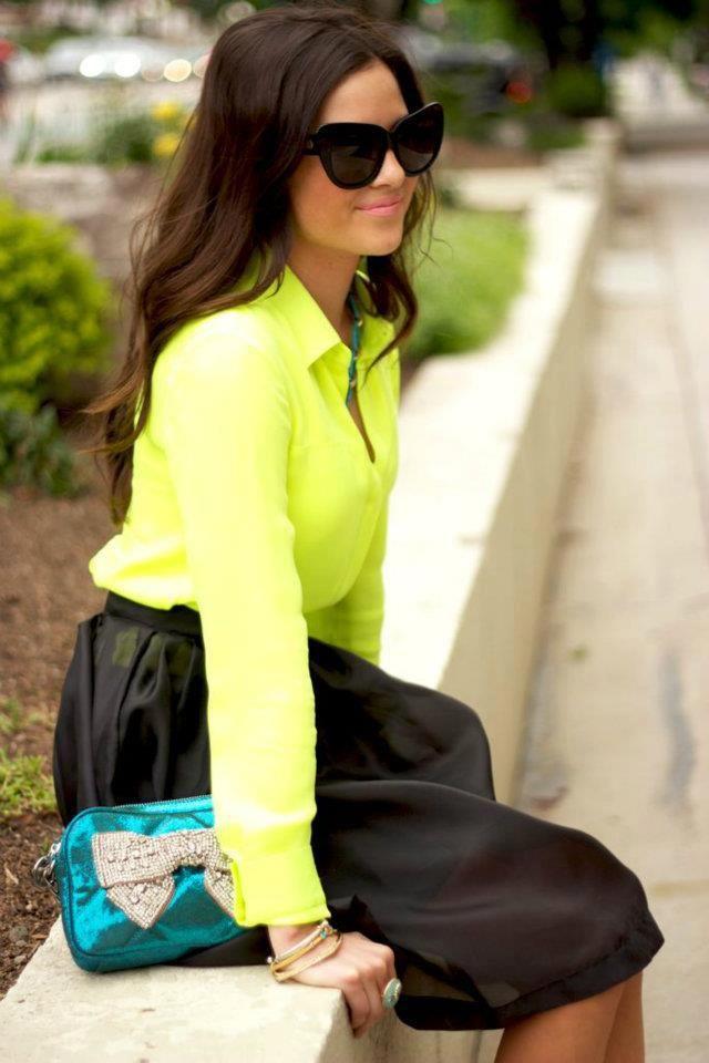 neon shirt <3