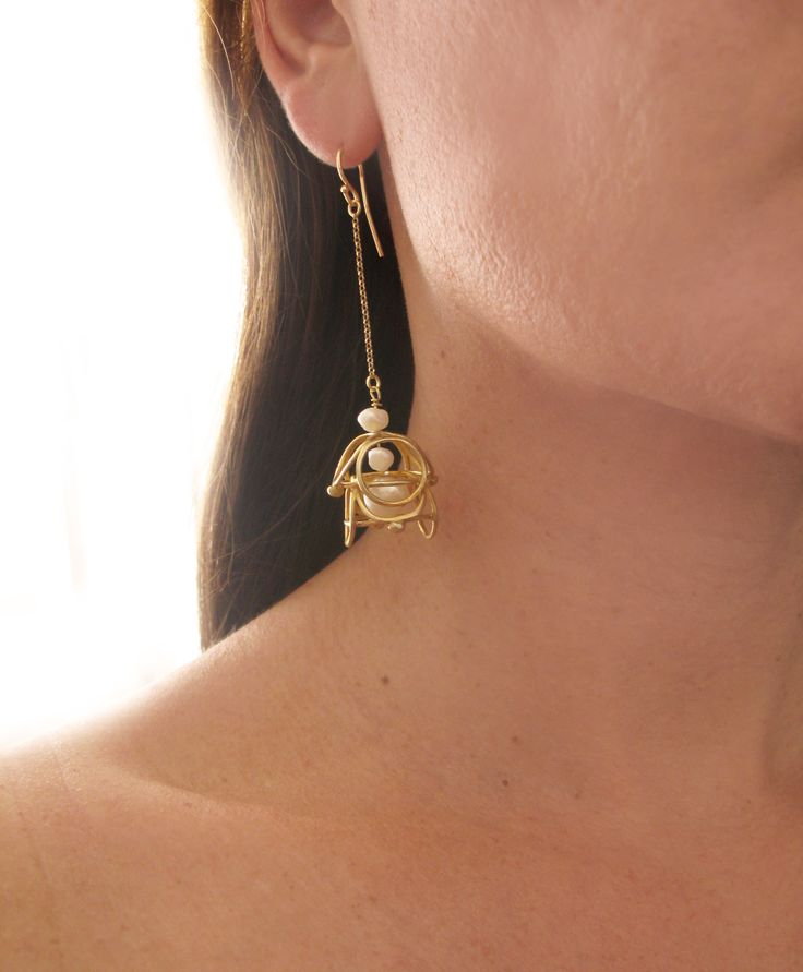 Luxury earrings from Corona Collection - Sterling silver - gold plating and pearls!! - Lace earrings