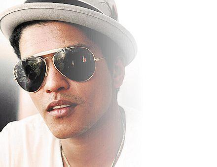 Letra y Pronunciación: Locked Out of Heaven de Bruno Mars