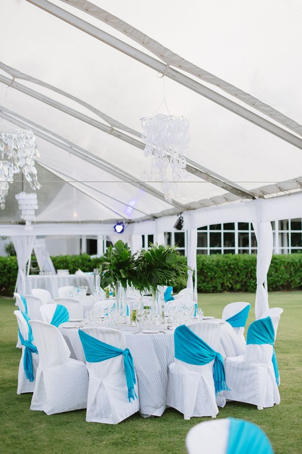 Personal Jamaica Wedding at Half Moon Resort | Natalie Franke Photography | See more on My Hotel Wedding: https://www.myhotelwedding.com/blog/2016/01/18/personal-jamaica-wedding-at-half-moon-resort/