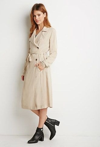 ¡Cómpralo ya!. Classic Trench Coat. Forever 21 Contemporary - Equipped with all the features found in a classic trench coat (think storm flaps, a belted waist, and a double-breasted front), this rendition gets a more modern and chic look via its longer midi length and super-supple feel. Though its light enough to sport in sunny seasons, its long sleeves and layer-friendly fit are bound to keep you warm when it's time to bundle up (read: versatility, versatility, versatility). Basic collar…
