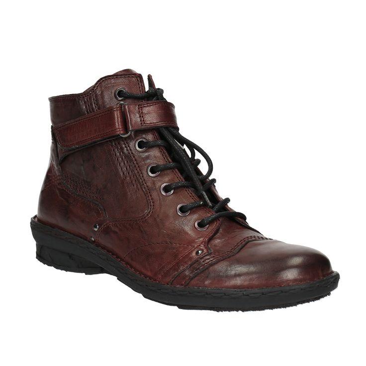 Tyto dámské boty se pyšní podšívkou i svrškem z kvalitní kůže, což vám zajistí, že každý další krok bude příjemně pohodlný. Nekomplikovaný vzhled se postará o jejich snadné kombinování s jakýmkoliv outfitem. Unosíte je nejen ve městě, ale i na dlouhých výletech po hradech a zámcích. Boty mají zapínání na zip a praktickou přezku.