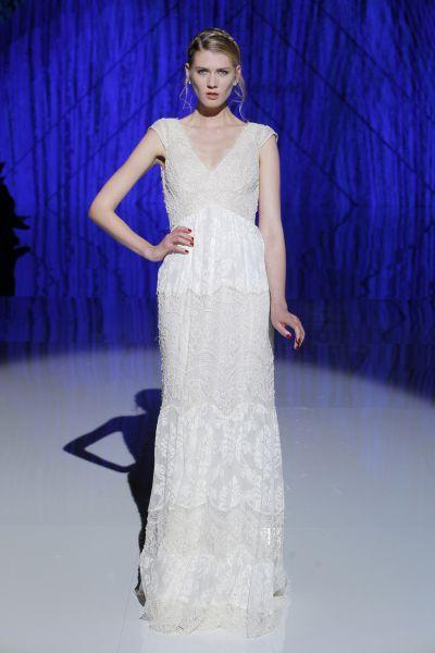 Vestidos de novia para mujeres con mucho pecho 2017: Diseños que te harán lucir fantástica Image: 37