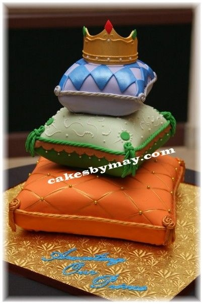 Arabian Nights Pillow Cakes - Just delivered this one.  Lots of color, shimmer, shapes...well you name it!  Really enjoyed making this one.  Enjoy!