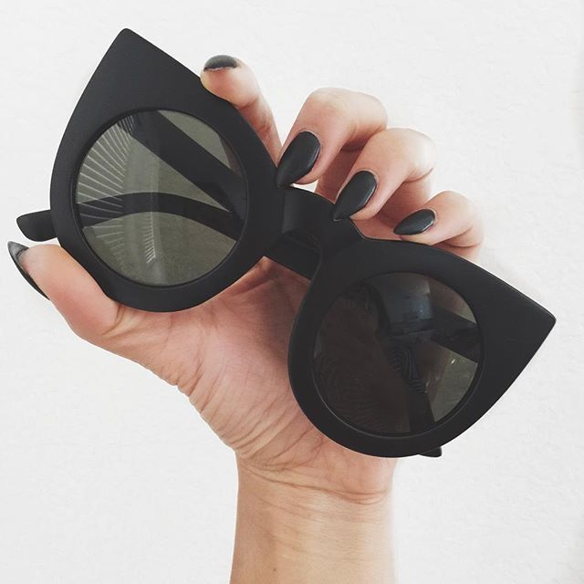 'modern cat eye' sunnies #quay