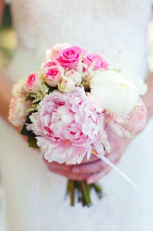 25 best ideas about flower boquet on pinterest anemone wedding flower ideas anemone wedding. Black Bedroom Furniture Sets. Home Design Ideas
