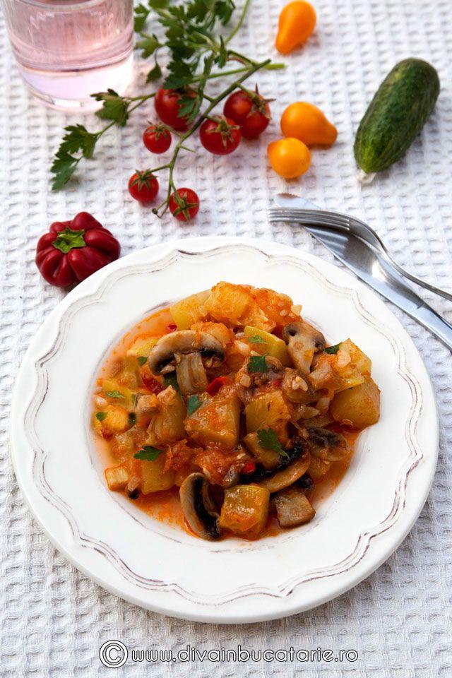 tocanita-de-dovlecei-cu-ciuperci