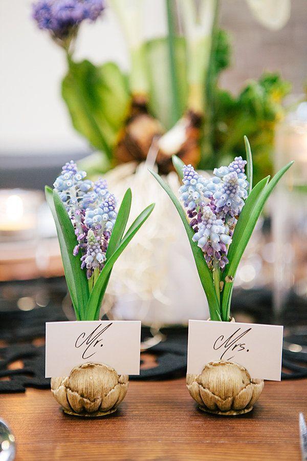 Tischkarten Platzkarten || Foto von Tammy Horton Photography | http://www.hochzeitsplaza.de/ hochzeitstrends/fruehlingshochzeit | Hochzeit im Frühling März April Mai Frühlingshochzeit Hochzeitdeko Hochzeitsplanung
