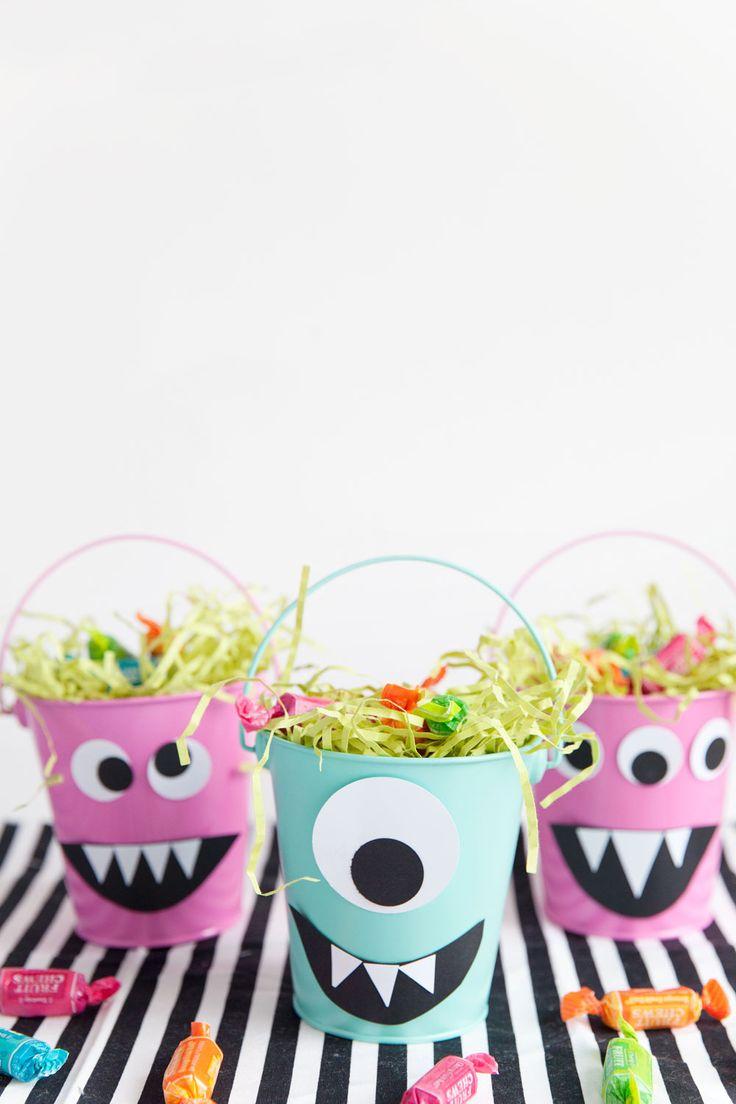 Festa infantil simples baldes met licos podem ter outro aspecto visual