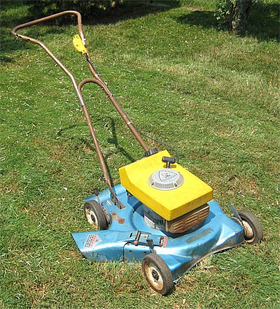 Wankel Rotary Engine mower - Wankel engines are used in aircraft, but almost never used in anything else.