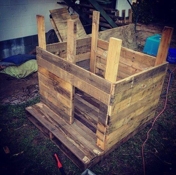 wooden-pallet-doghouse.jpg (600×595)