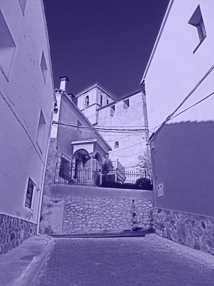 Iglesia de Nuestra Señora de la Asunción desde bocacallle