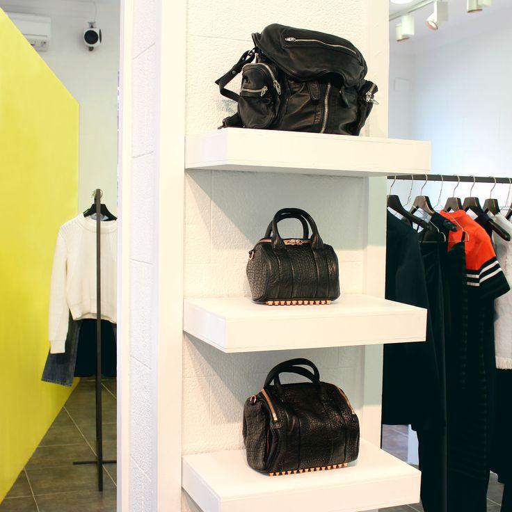 ALEXANDER WANG: carefree and iconic looks. #arropame #conceptstore #bilbao #ss2016 #AlexanderWang #fashion #shopping #moda #trendy #style http://arropame.com/la-capsula-rebelde-de-alexander-wang/