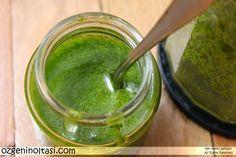 Evde Pesto Sos Nasıl Yapılır (Homemade Pesto Sauce)