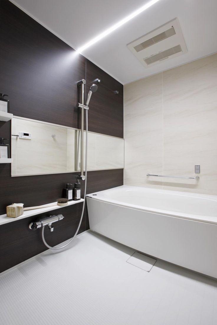 LEDライン照明の浴室