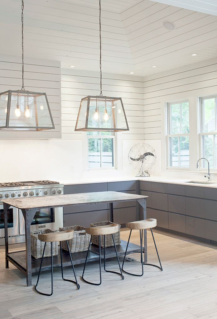 By the pool, renovated bungalow - via Coco Lapine.kitchen horizontal paneling