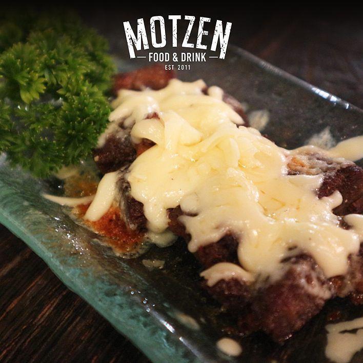 Bahagia itu sederhana  Contohnya dengan mensyukuri makanan enak seperti ini  #Motzenbdg#motzen#bandung#food#foodie#foods#yummy#deliciuos#resaturant