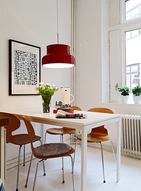 Red Bumling, Arne Jacobsen ant chairs like mine, black and white print and Stelton