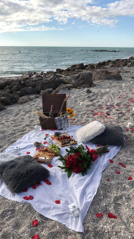Einjähriges romantisches Picknick