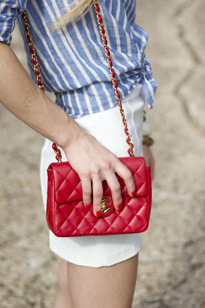 Luella & June: A RED, WHITE, AND BLUE WEEKENDBlue Stripes Whit, Blue Chanel, Chanel Bags, Chanel Purses, Colors, Red White Blue, Classic Red, Classic Chanel, Clothing Fashion 3