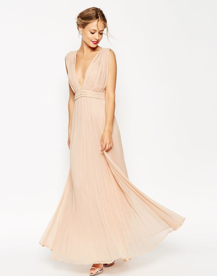Is this the perfect bridesmaid dress or what?! A chic, romantic, deep plunge super full pleated Maxi Dress in blush. Swoonfest!