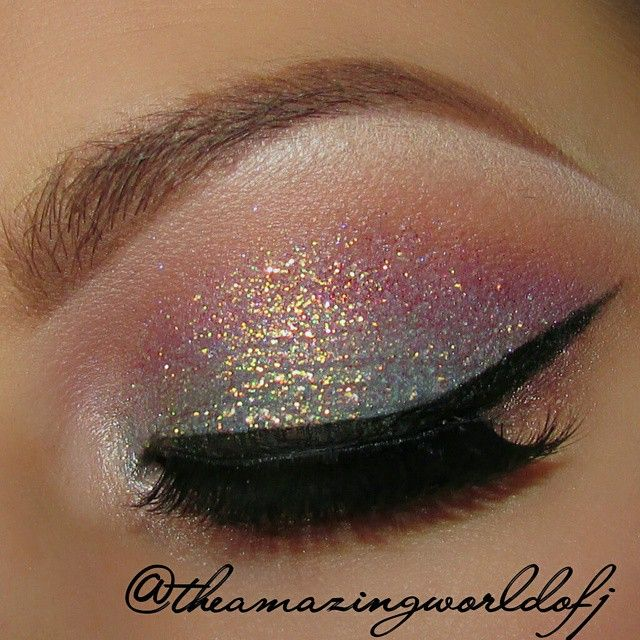 I have stayed away from heavy shimmers for a while now, but this would be a cool once in a while look. The glitter shimmer is actually by wet n wild mega sparkle.