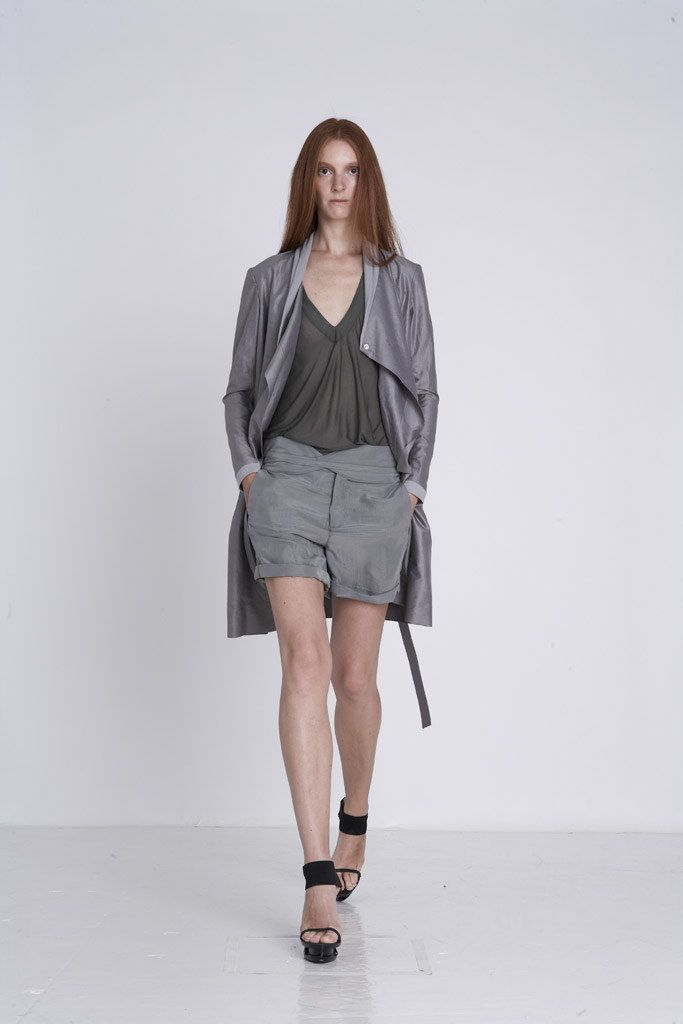 Helmut Lang Spring 2009 Ready-to-Wear Fashion Show - Sunniva