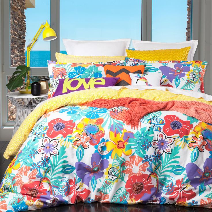 Logan and Mason Tropicana Sunshine Duvet Cover Set - view full collection - duvet covers - queenb