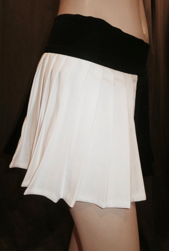 Harley Quinn Pleated Skirt Black and white by SOHOSKIRTS on Etsy