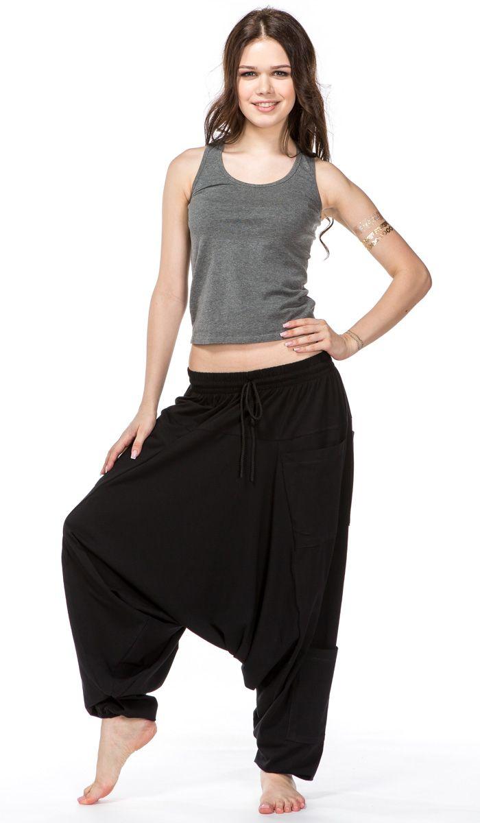 https://indiastyle.ru/pants-with-bunt/product/chernye-sharovary-4214w  Удобные черные индийские штаны алладины, шаровары для йоги. Шаровары с шестью карманами.  Black alladin pants, indian harem pants, yoga clothes   1820 рублей