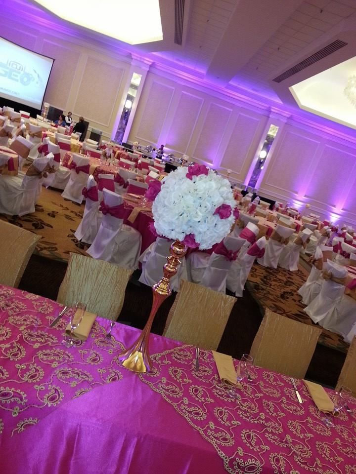 Hot pink table cloth paisley overlay gold
