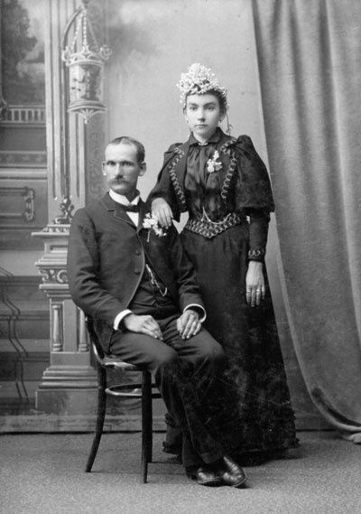 Did you know that up until the death of Queen Victoria in 1907, the traditional color for a wedding gown was black, not white?  Take a look at those old family photos again. Could one of them be a wedding photo?  #genealogy - Click image to find more History Pinterest pins