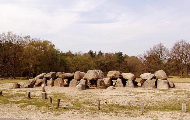 Megalithes / Dolmen / Hunebedden - Drenthe - Netherlands