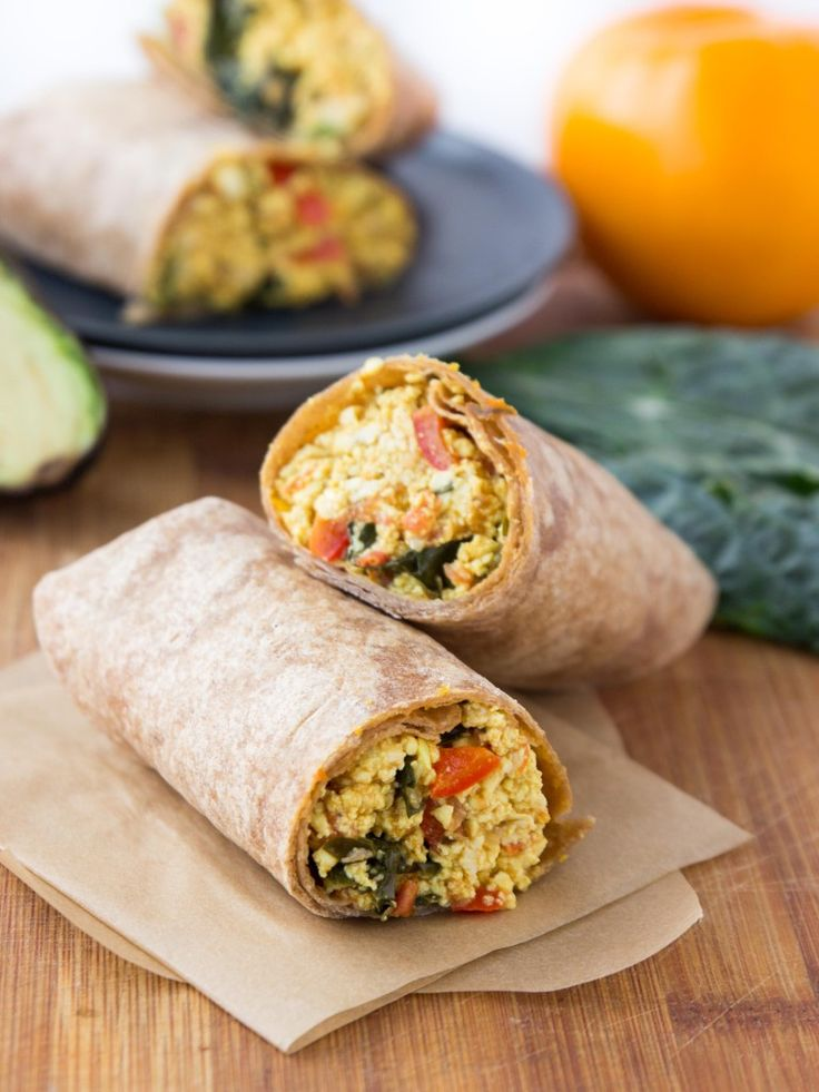 Kale, tomato, and tofu breakfast burritos - a savory, protein-packed breakfast without the eggs! #vegan