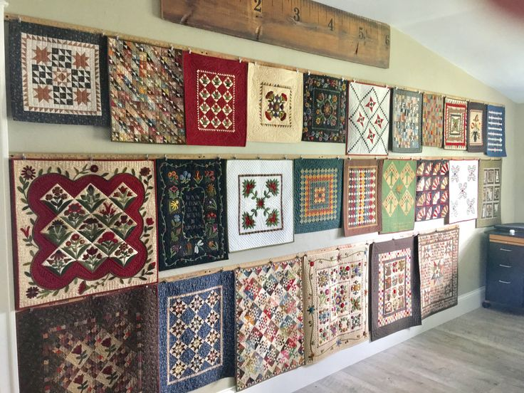 Mini Quilt Show…Mini Quilt Wall… | Lisa Bongean's Weblog