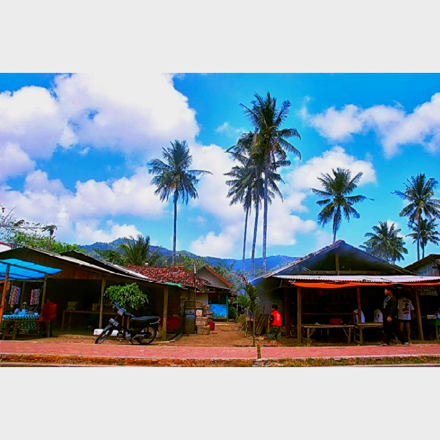 Fisherman village...still in the same area of white beach near my grandmother town #tulungagung #Indonesia
