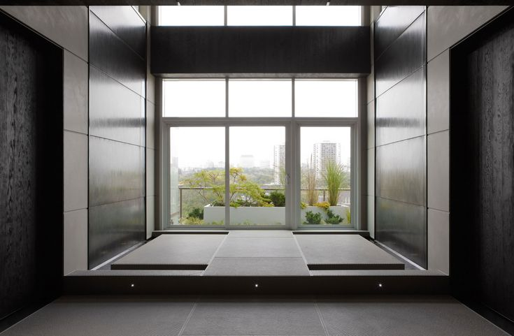 home-yoga-room-modern-penthouse-design-with-black-and-grey-interior-color-decorating-ideas-plus-glass-window.jpg (2300×1506)