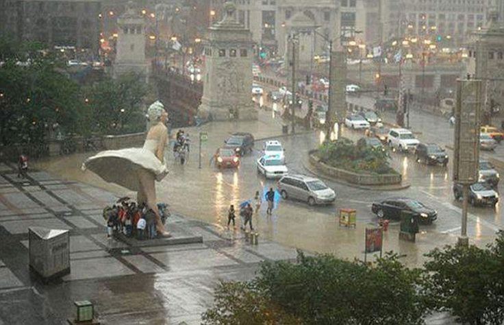 20brilliant photographs which hugely impressedus in2015. A typical rainy day in Chicago, USA