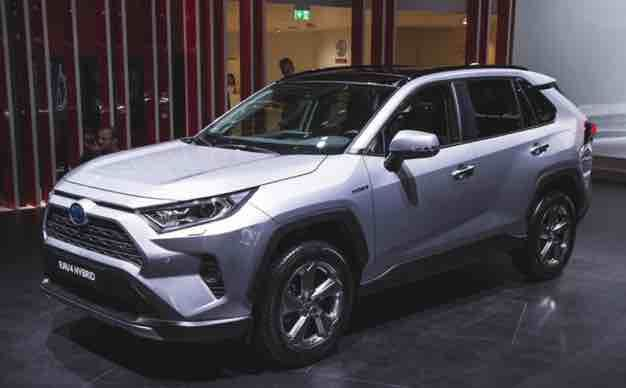 2020 Toyota Rav4 L 4wd 2020 Toyota Rav4 L 4wd The 2020 Toyota Rav4 Is Bigger Bolder And More Capable Than Toyota Rav4 Interior Toyota Rav4 Rav4