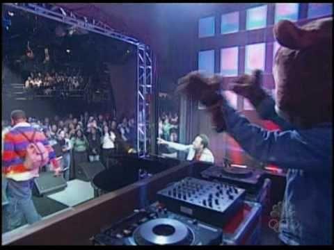 Kanye West - Through The Wire feat. John Legend & Miri Ben-Ari Live on SNL