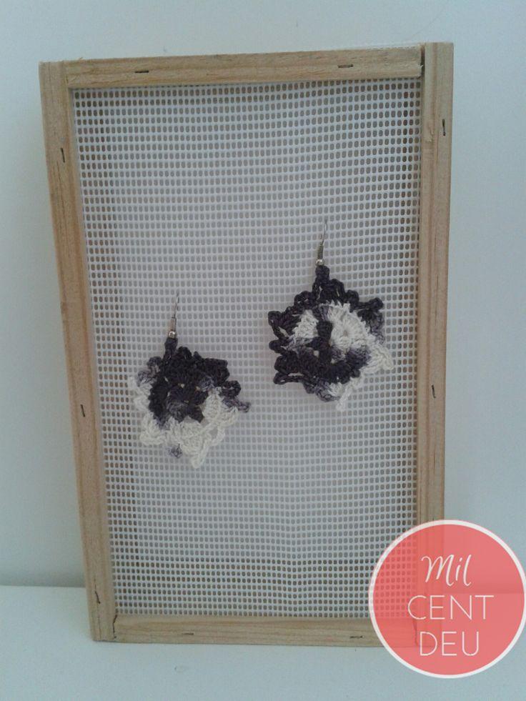 http://milcentdeu.es/4-pendientes-crochet-blanco-y-azul/