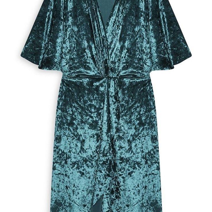 Vestido de terciopelo verde azulado  Categoría:#primark_mujer #ropa_de_mujer #vestidos en #PRIMARK #PRIMANIA #primarkespaña  Más detalles en: http://ift.tt/2BqpEX5