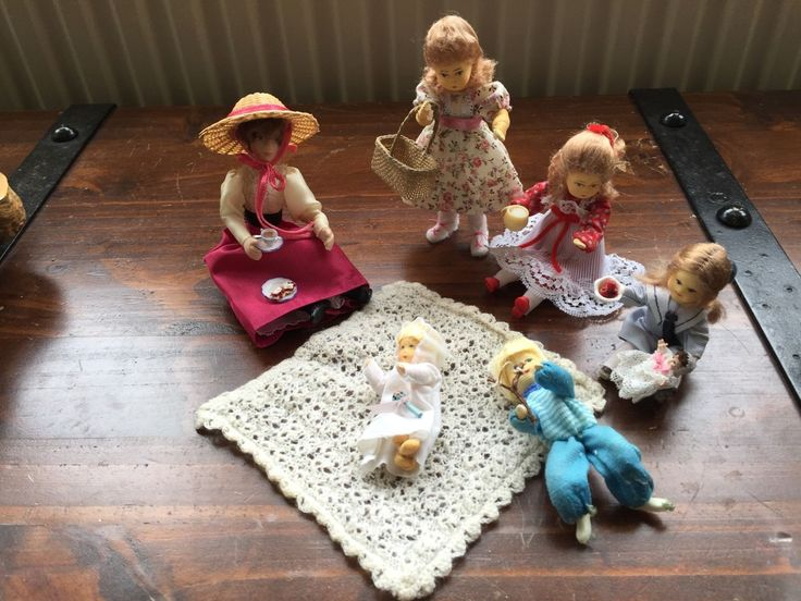 Dolls House Figures Mother and Children | eBay